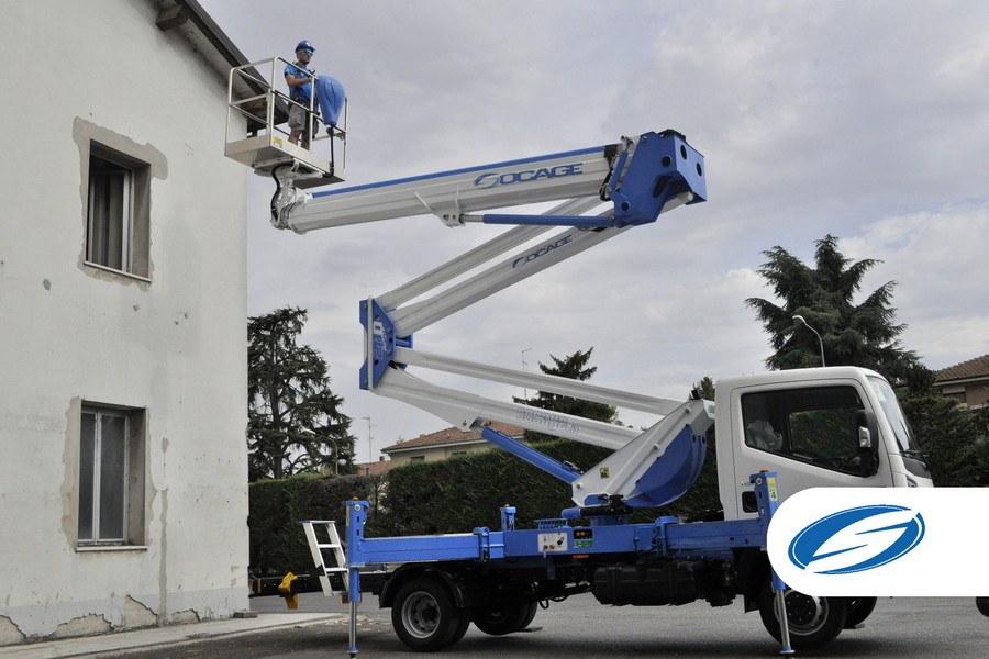 camion con cesta elevadora ForSte28D