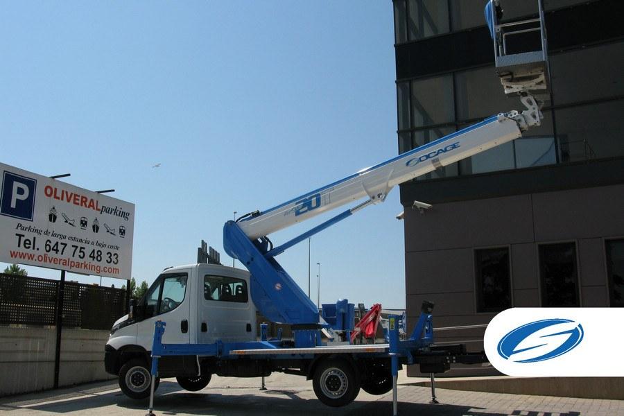 plataforma elevadora sobre camión ForSte20T brazo Socage