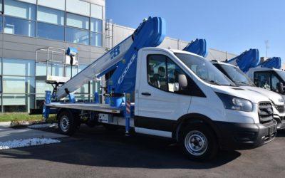 Camión con cesta elevadora telescópica 18T SPEED, la solución urbana más compacta y versátil.
