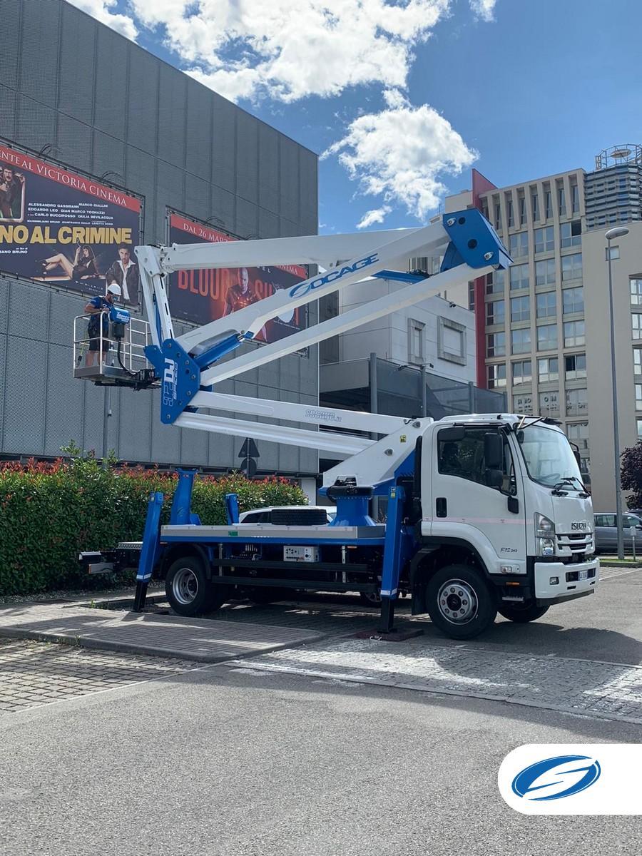 Camión con cesta elevadora 32DJ SPEED abierta