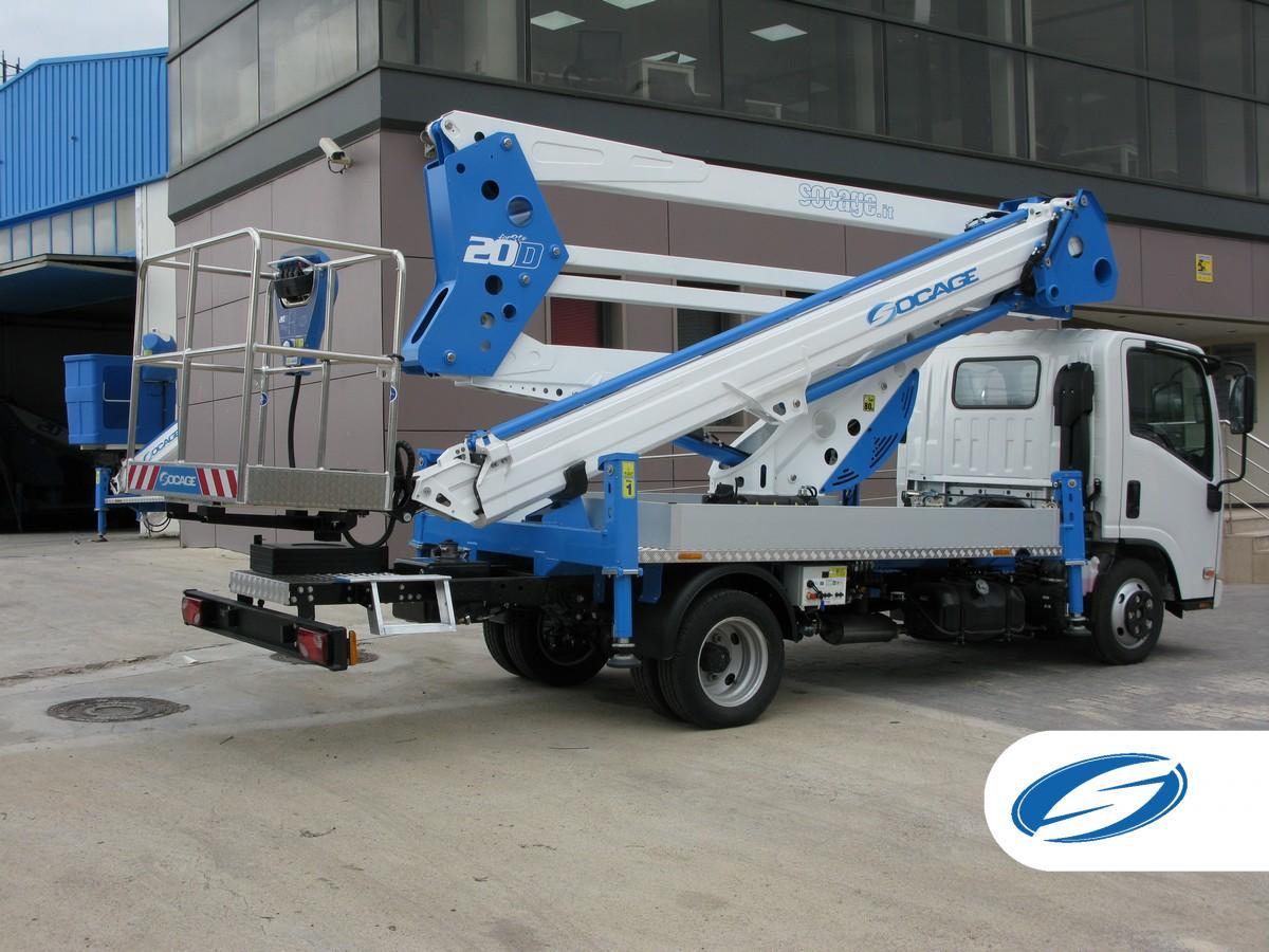 camion con cesta elevadora SOCAGE 20D isuzu