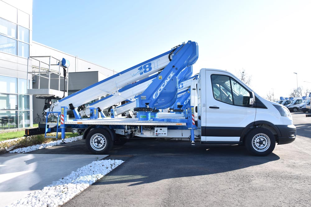 camión-con-cesta-elevadora-18T-lateral