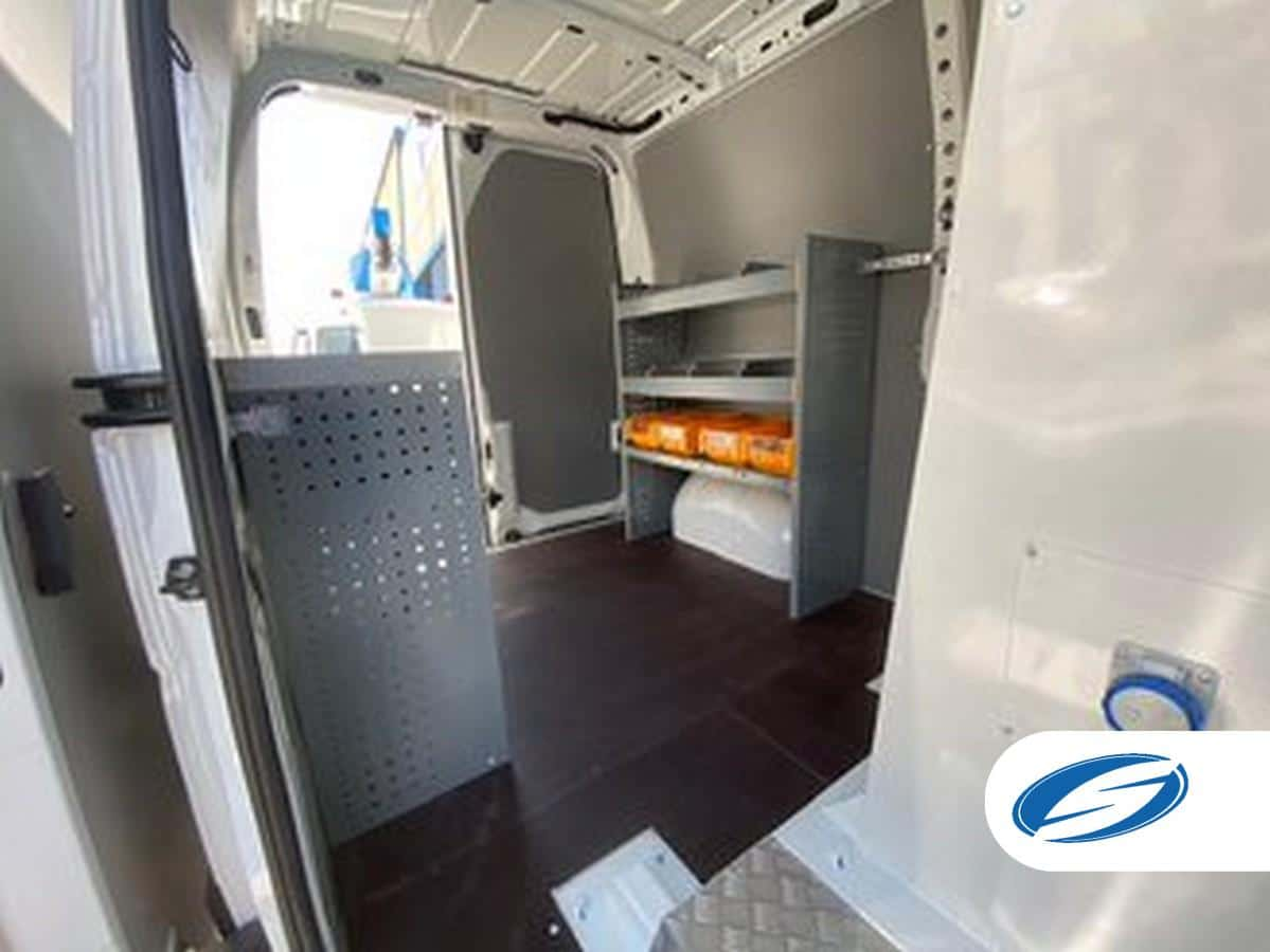 Furgón cesta ForSte 12VT interior