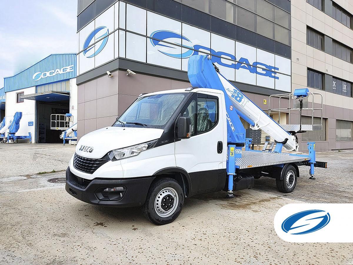 Camión con cesta elevadora SOCAGE 18T sobre Iveco trabajo aéreo